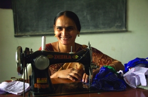 Over the past five years, Bandela's ministry has put sewing machines in the hands of more than 400 women and taught them to to sew thanks to the generous financial support of CBF churches. With this marketable skill, these women are able to earn a living and avoid becoming trapped in a life of prostitution.