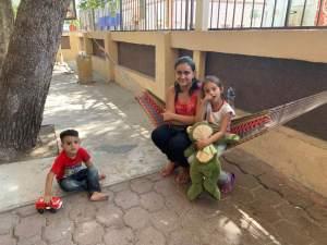 12 Honduran mom